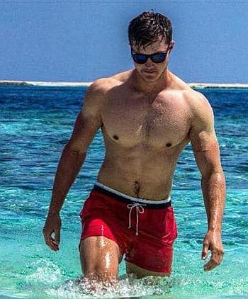 Brendan Peyper shirtless in shorts
