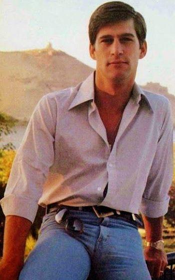 hot vintage men - simon maccorkindale in tight jeans