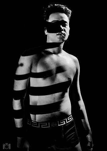 versace male underwear models 2021 - elusive_seanzo