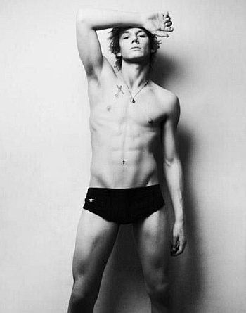 young men in speedo alex pettyfer