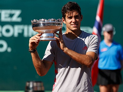 Cristian Garin trophy - first atp title from houston