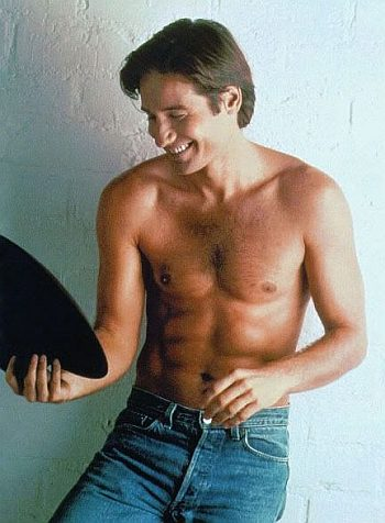 david duchovny young shirtless in jeans
