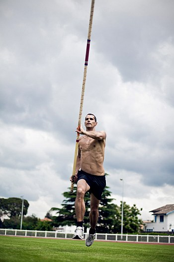 romain mesnil shirtless french polevaulter