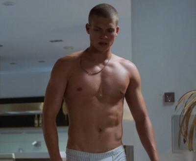 Josha Stradowski underwear
