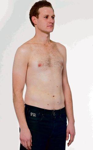 dan walker shirtless in mens health magazine six pack challenge
