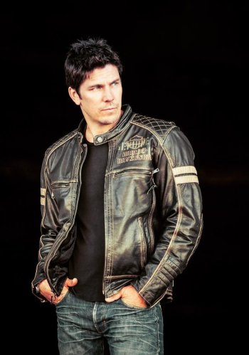 michael trucco hot in leather jacket from insta themichaeltrucco